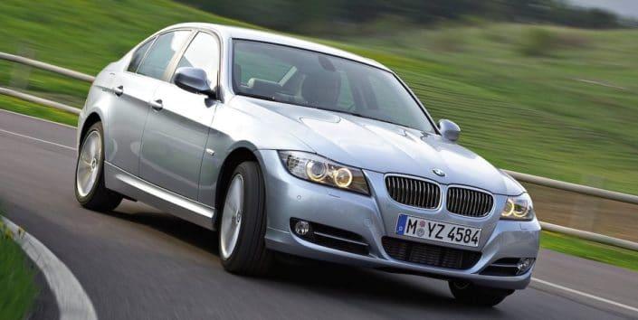 BMW serii 3 E90 (2009)
