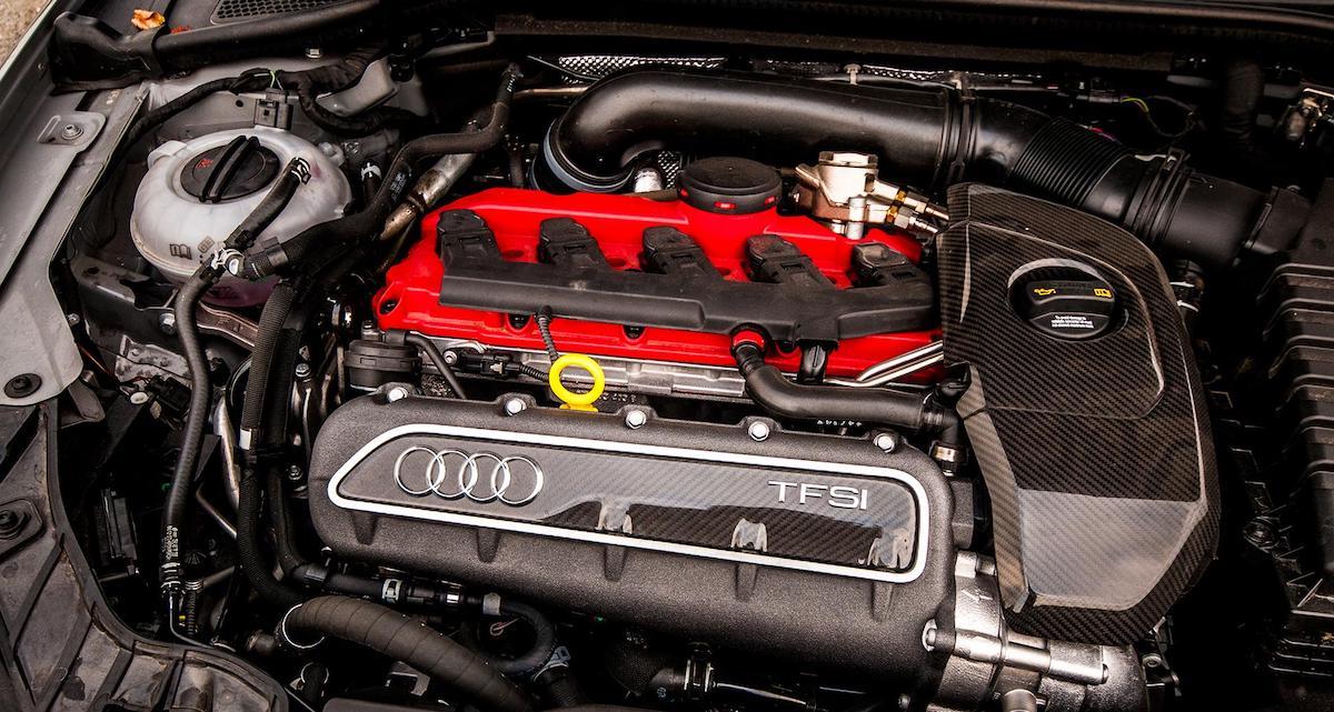 Audi RS3: 2.5 R5, silnik