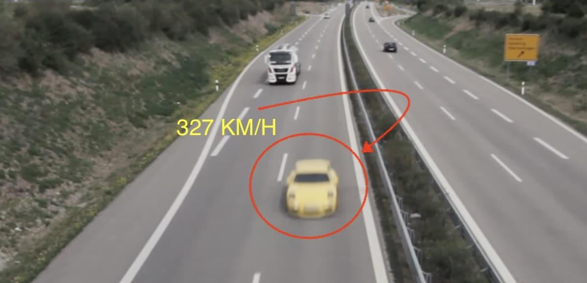 Porsche 911 GT3 991 327 km/h