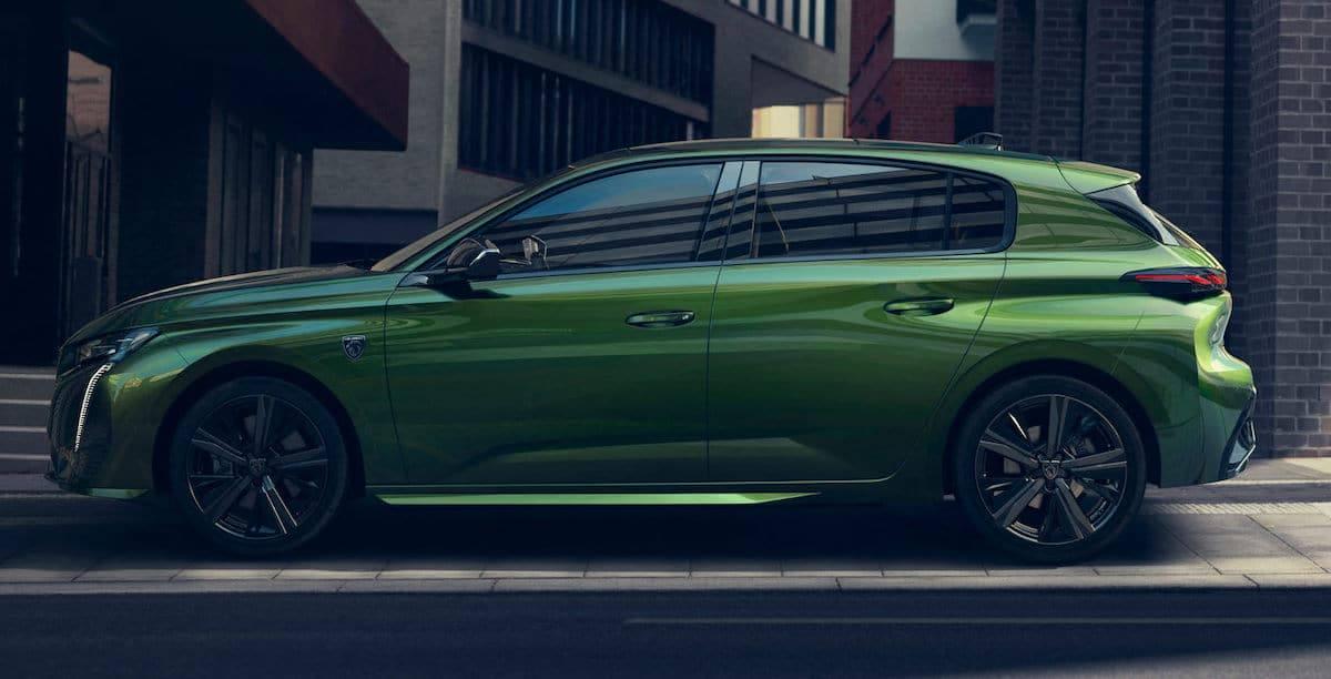 Peugeot 308 (2021) Olivine Green, bok