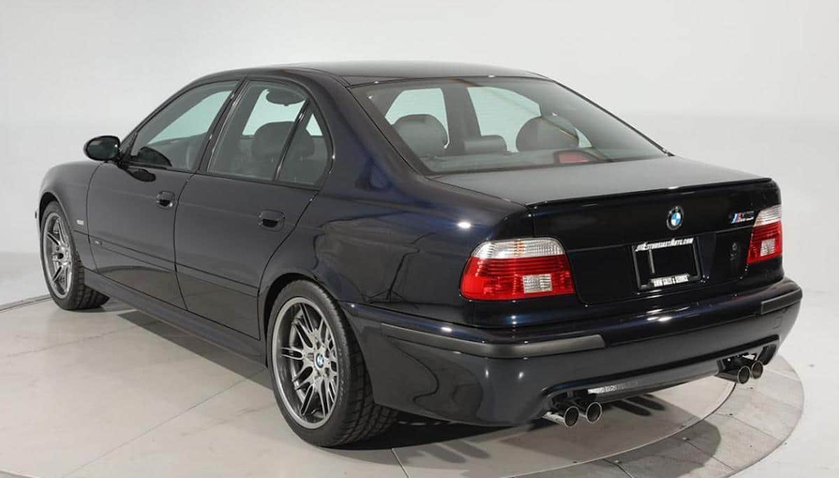 BMW M5 (E39) 2003, tył
