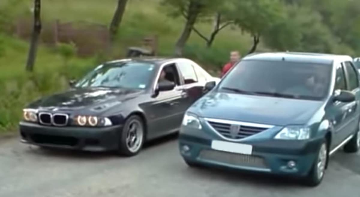 BMW Serii 5 e39 vs Dacia Logan
