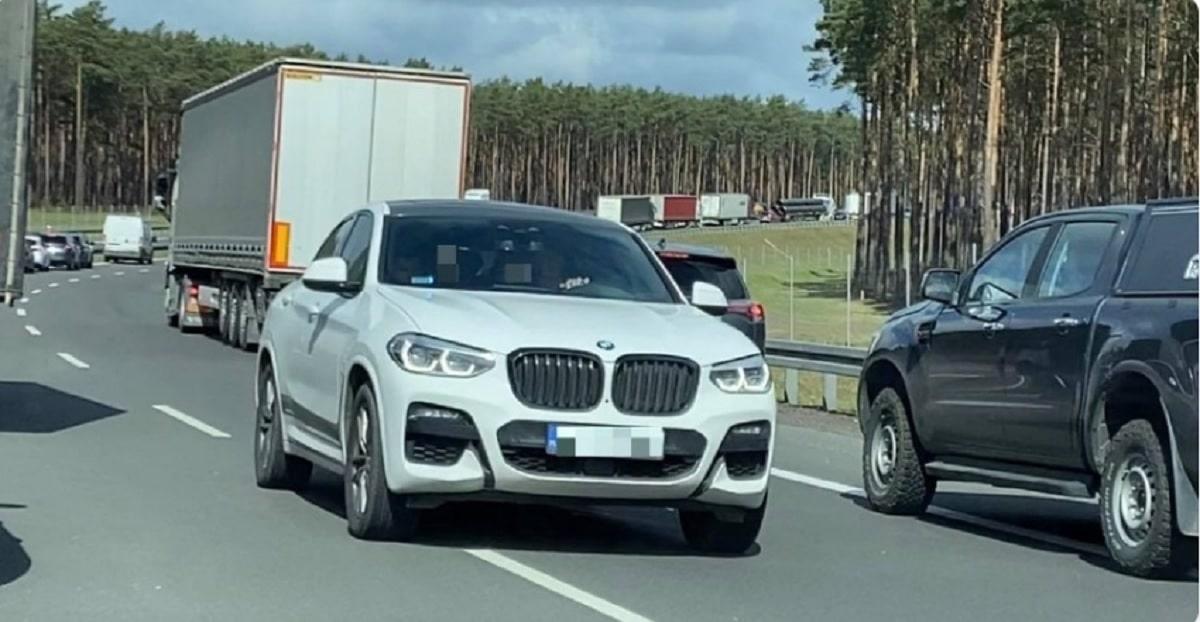 Cwaniak z BMW X4 pod prąd na S3