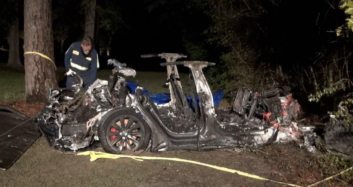 Tesla Model S, wypadek i pożar