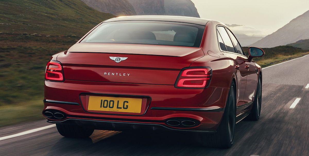 Bentley Flying Spur V8, czerwony