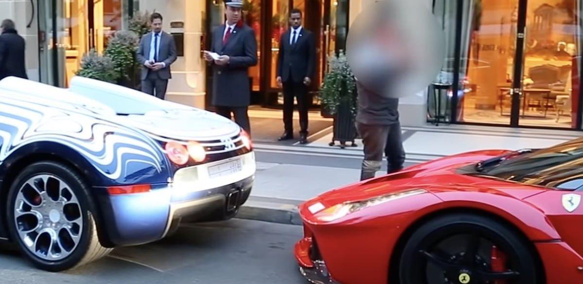 Bugatti Veyron L'or Blanc i LaFerrari, kolizja w Paryżu
