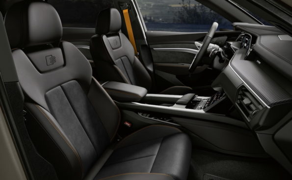 Audi E-Tron S-line Black Edition 2022