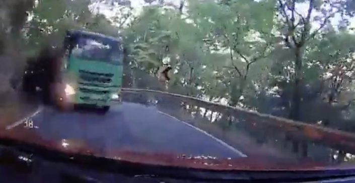 Ciężarówka kręta droga
