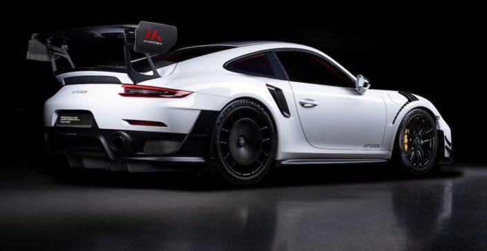 Porsche 911 GT2 RS Manthey Racing