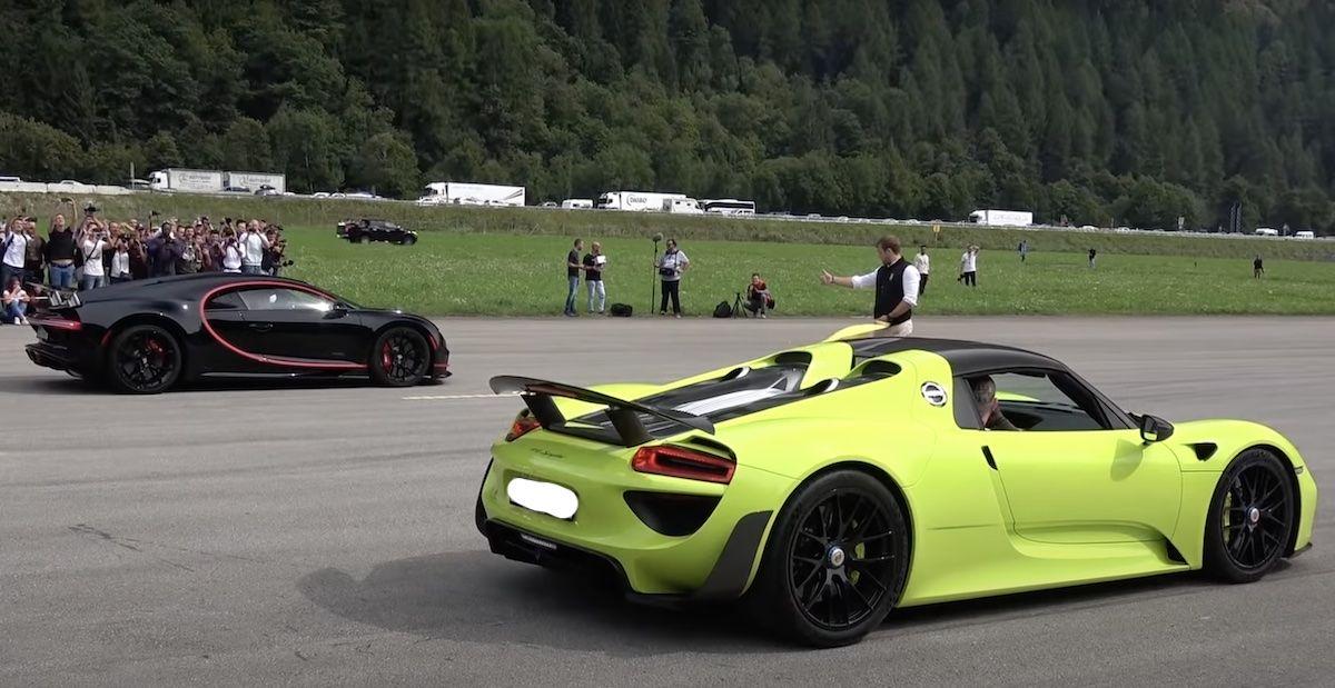 Porsche 918 Spyder vs Bugatti Chiron