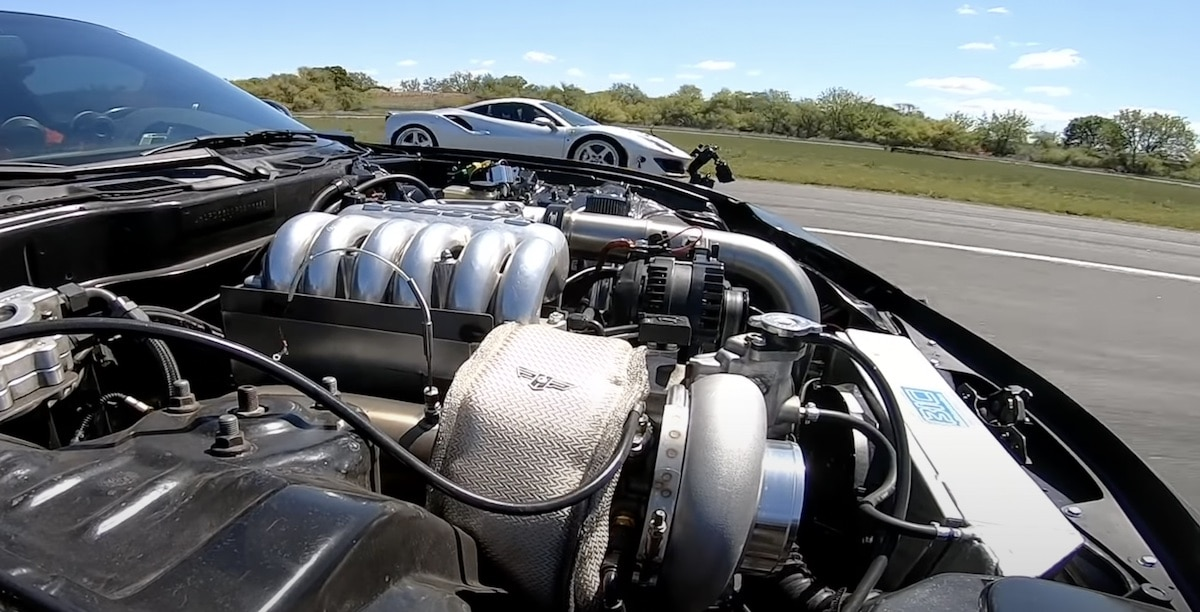Mazda RX-7 vs Ferrari 488 Pista