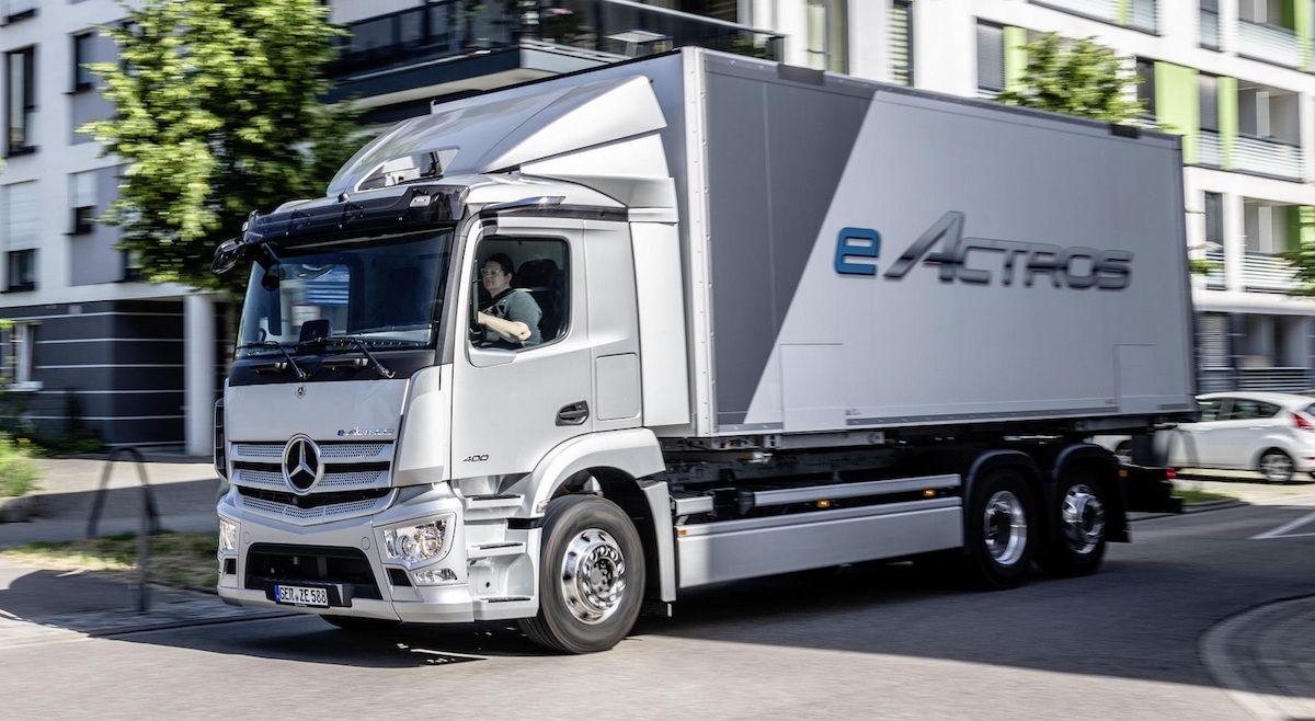2022 Mercedes-Benz eActros