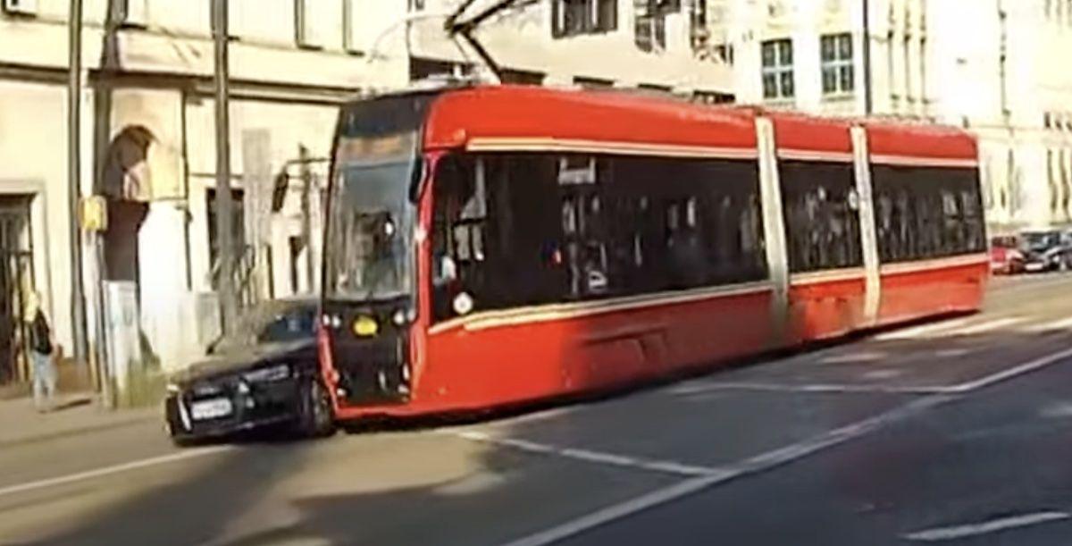 Audi A6 tramwaj