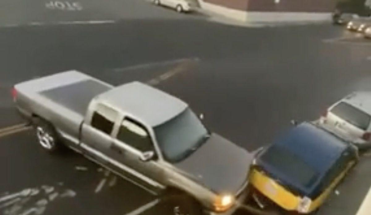 Ford pickup Toyota Prius