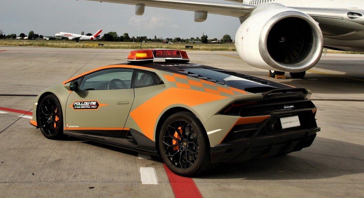 Lamborghini Huracan EVO lotnisko