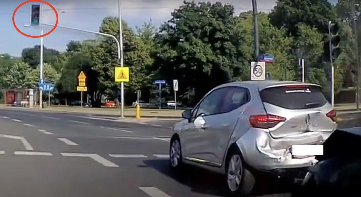 Renault Clio sygnalizator świetlny