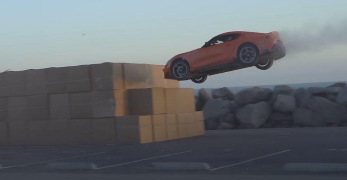 Toyota Supra kartony