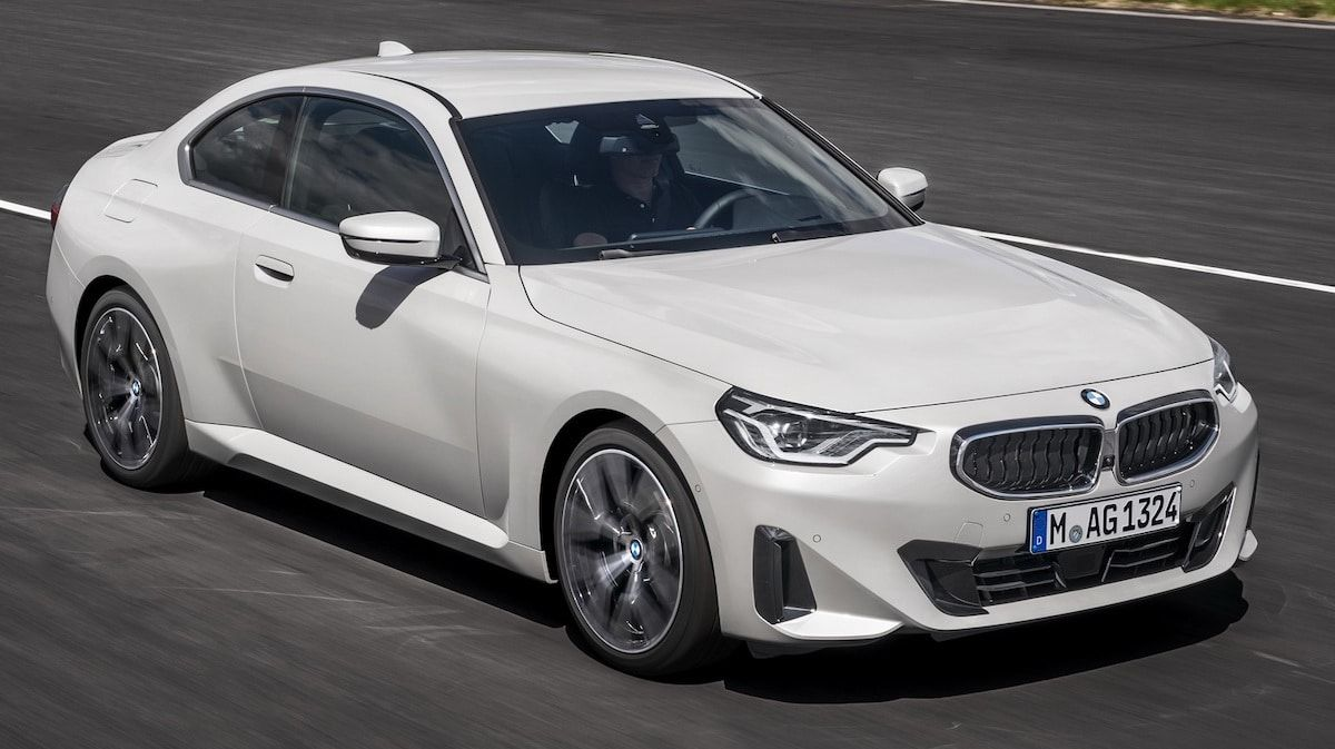 2022 BMW M220i Coupe G42