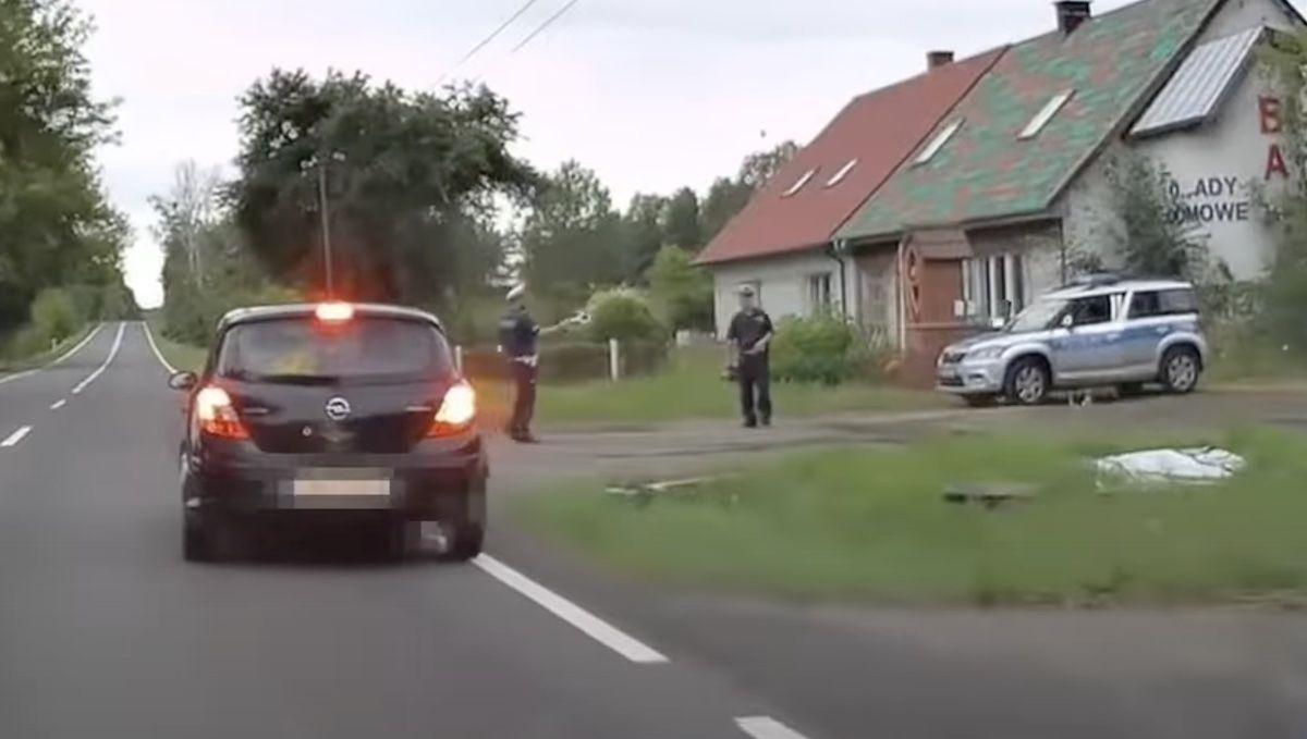Opel Corsa policja