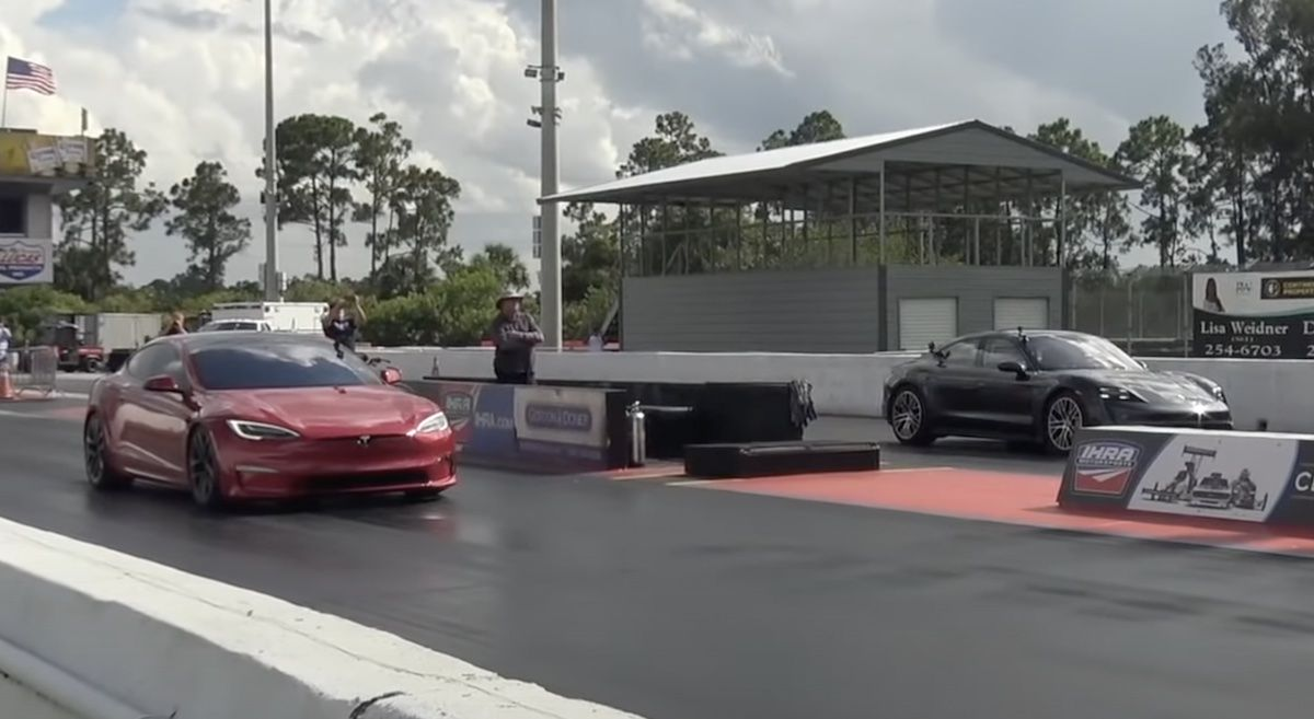 Porsche Taycan Turbo S Tesla Model S Plaid