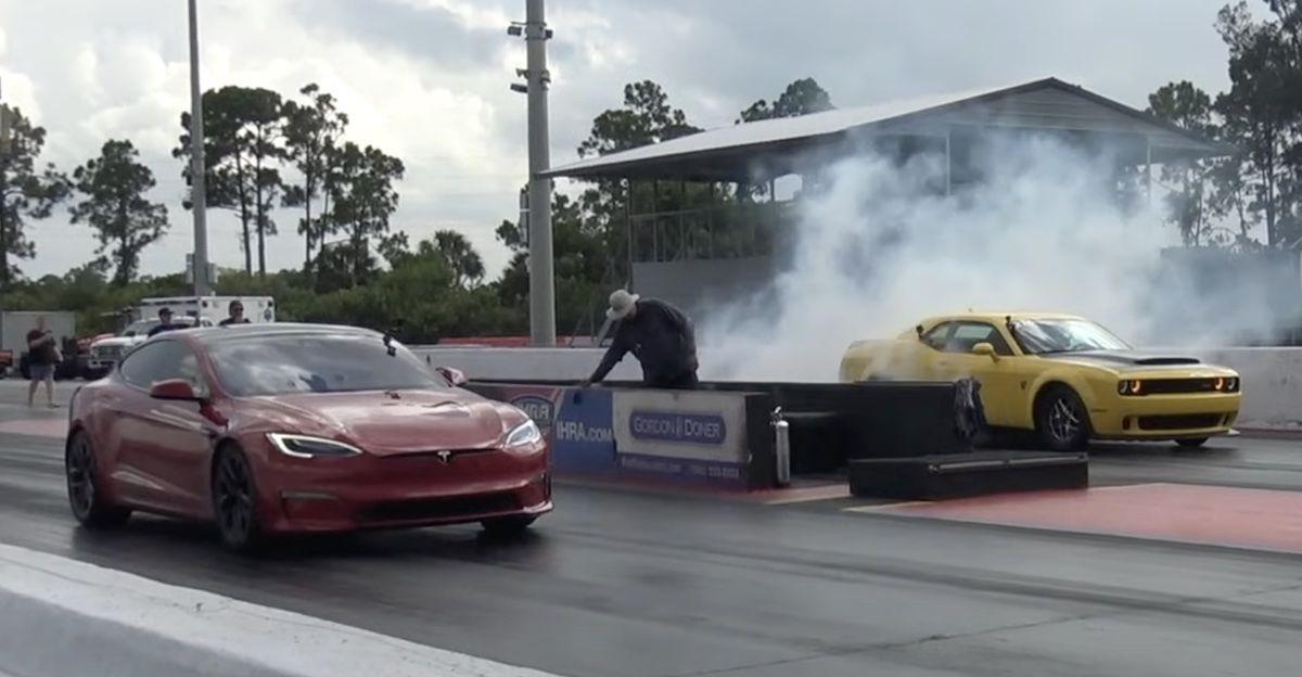Dodge Challenger Demon Tesla Model S Plaid