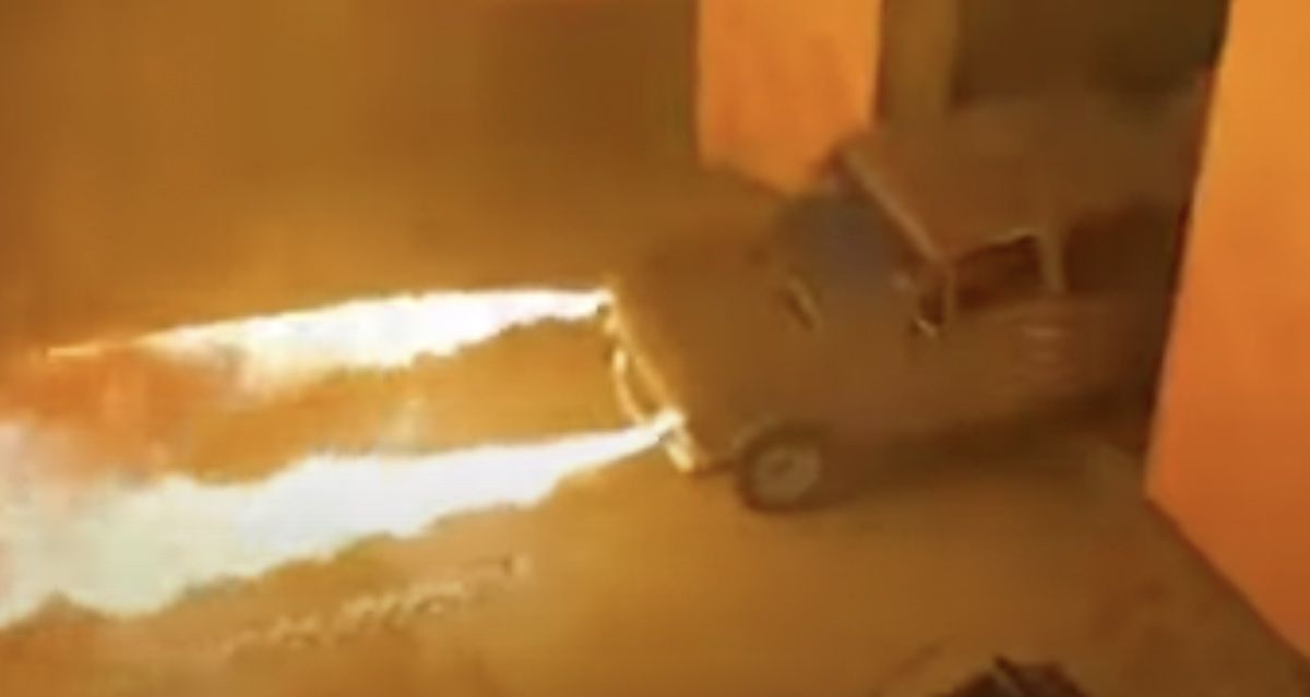 Lada 2106 miotacz ognia