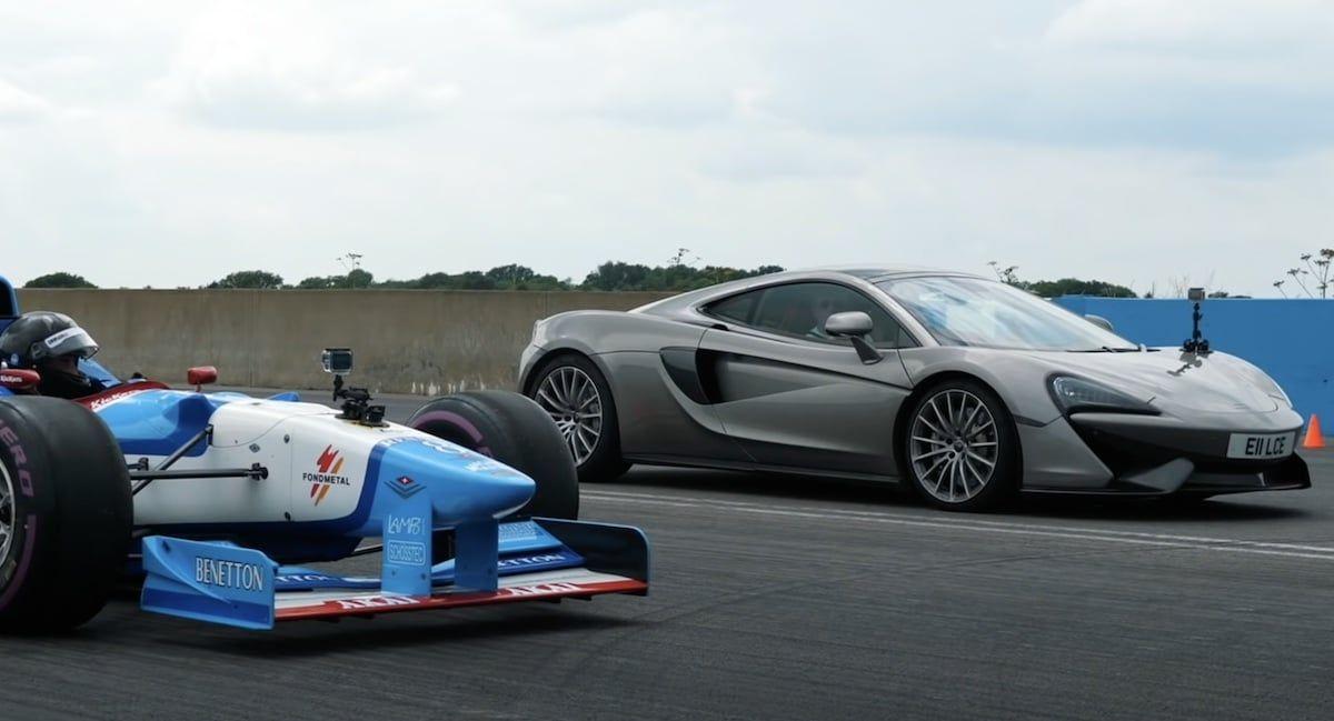McLaren 570GT bolid F1
