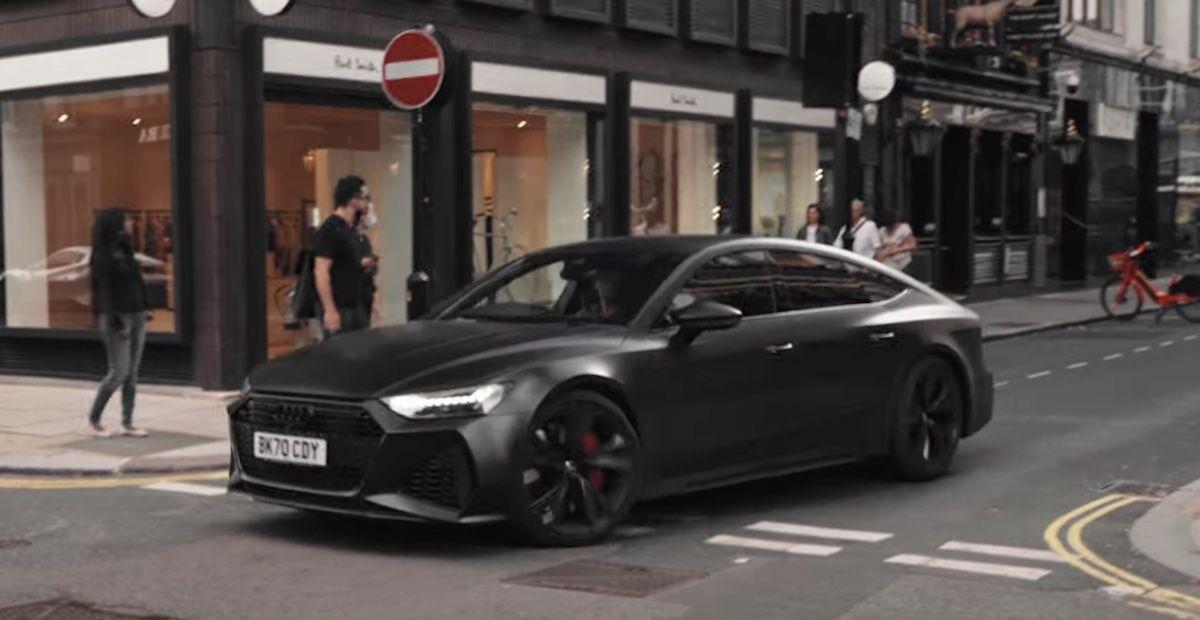 Audi RS7 C8, czarny mat