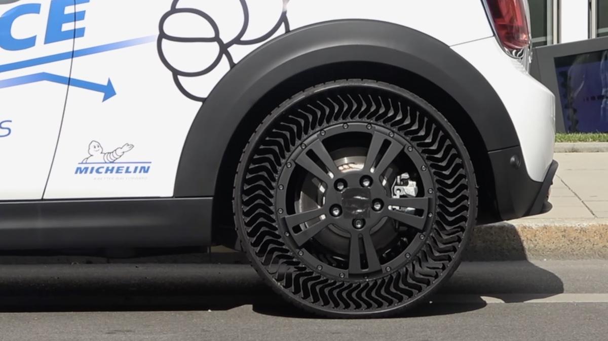 MINI Electric Michelin Uptis