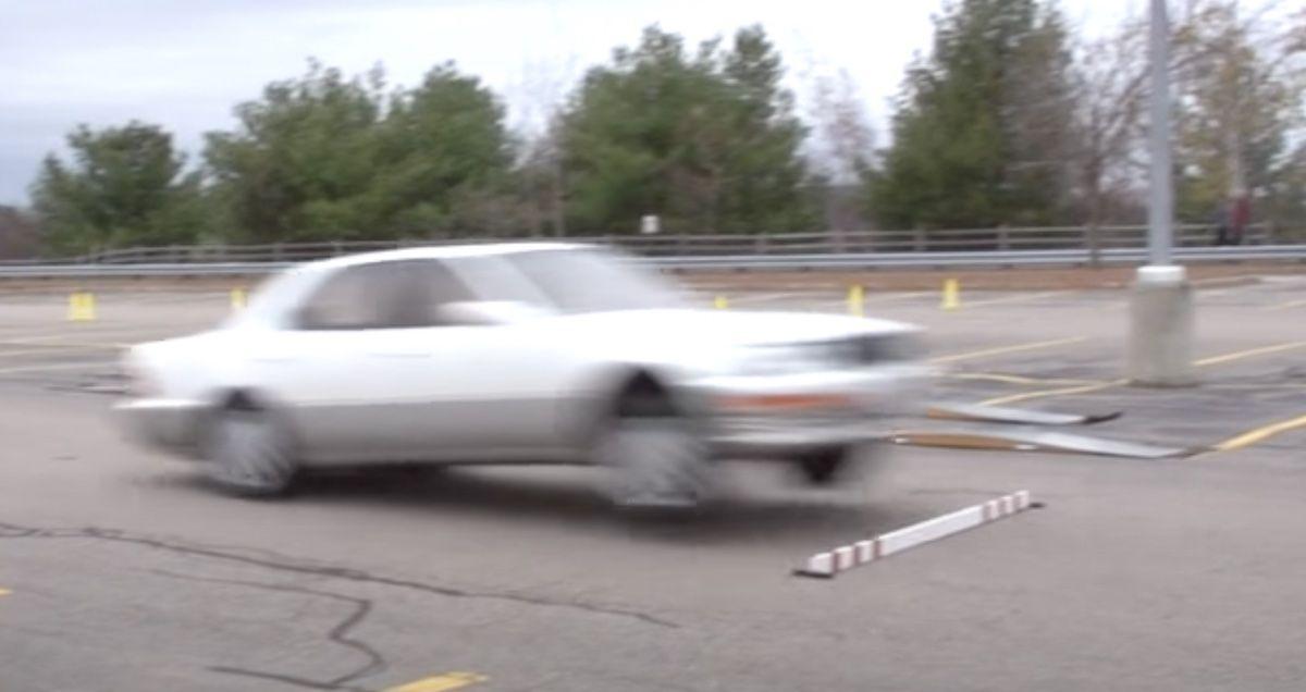 Lexus LS bose zawieszenie