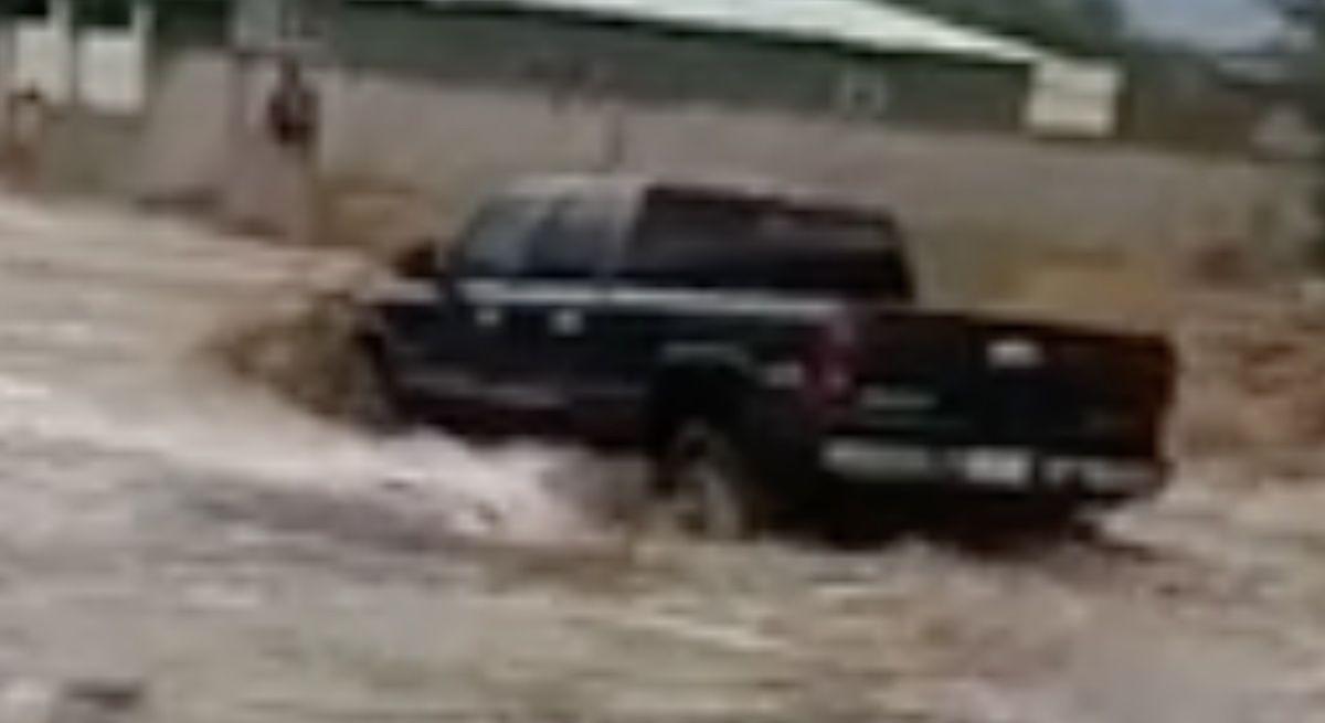 dodge ram powódź